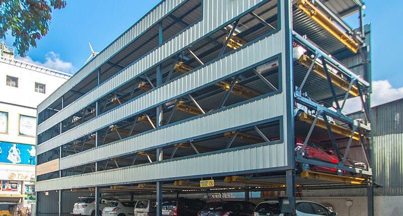 Hệ thống bãi đỗ xe được xây dựng hiện đại tại các thành phố lớn