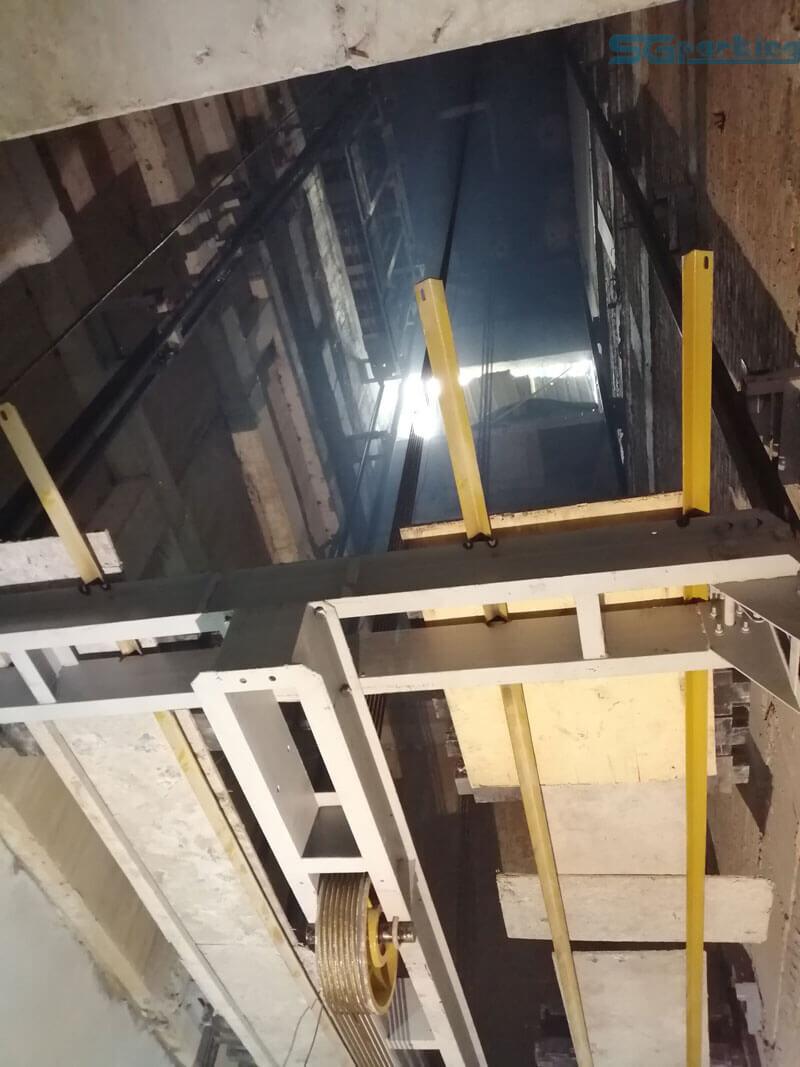 Buồng thang nâng bãi đỗ xe thông minh