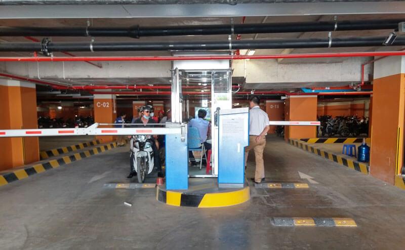 Hệ thống quản lý bãi đỗ xe trong tầng hầm đầy đủ thiết bị